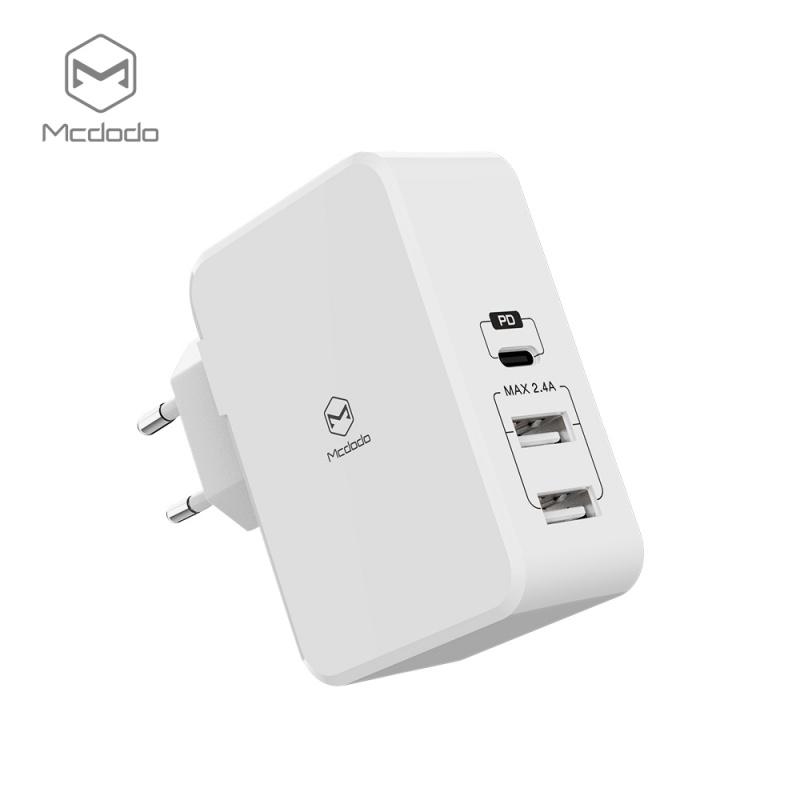 Mcdodo Quick charge nabíječ With PD And Dual USB Ports/typ-c (EU plug) bílé