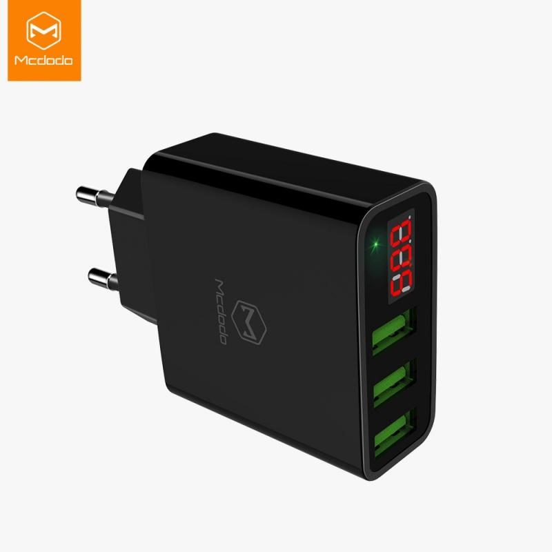Mcdodo Digital Display nabíječ With Three USB Ports (EU Plug) černé