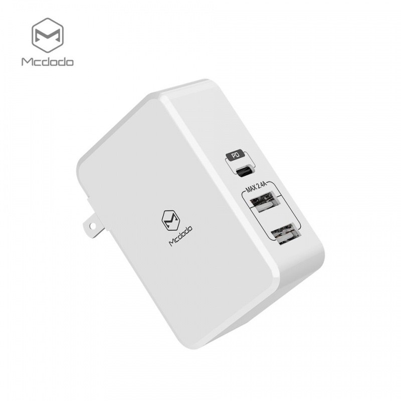 Mcdodo Quick Charger with PD and Dual USB Ports/Type-C (US plug) White