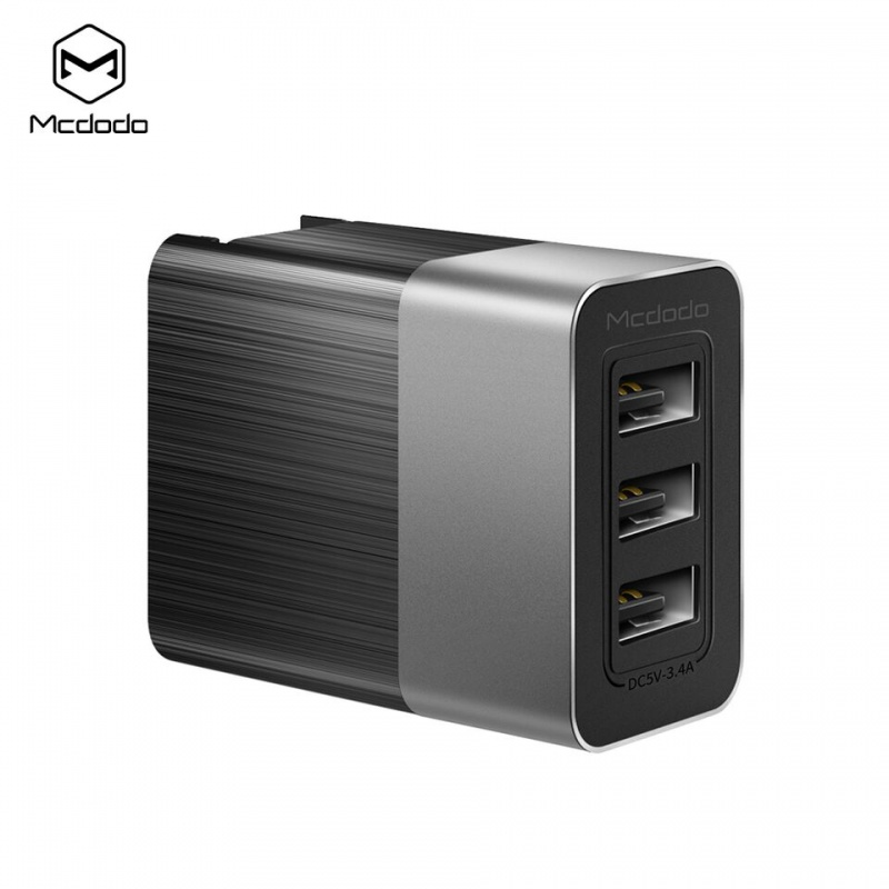 Mcdodo Cube Series 3 USB Ports Charger Black